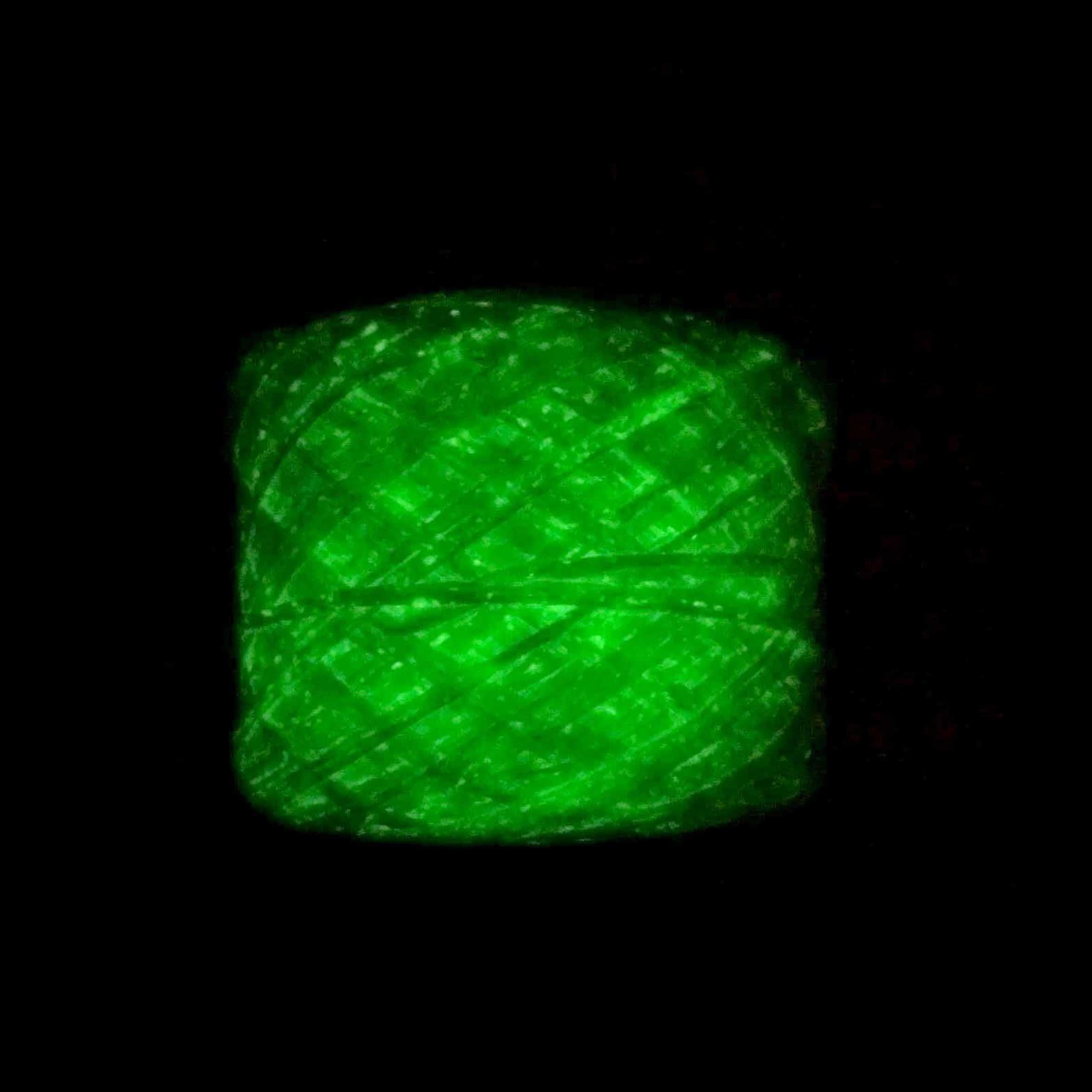 Glow-in-the-dark Phosphorescent Yarn (White)