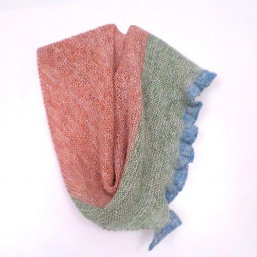 Woman's scarf knitting kit