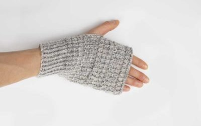 Simple Textured Hand Warmers